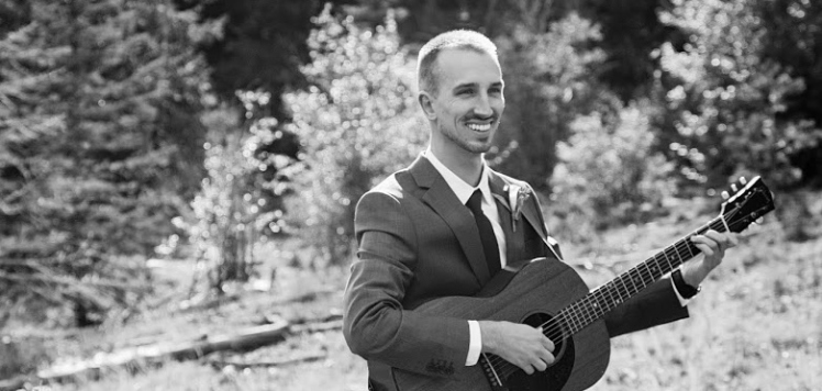 Sam guitar black&white - Copy